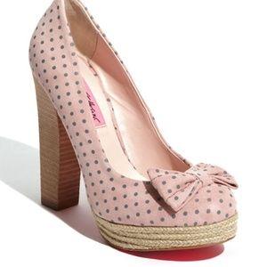Betsey Johnson pink polka dot Maggi pumps shoes 8